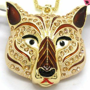 Jewelry - NEW Exquisite Wolf Dimentional Necklace